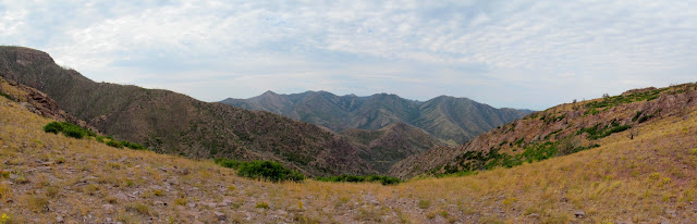 Pano over North Walker Canyon toward the southern half of the range