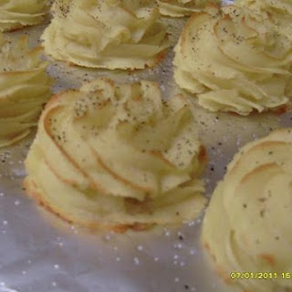 """Cevabun's"" Duchess Potatoes"