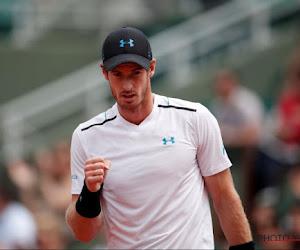's Werelds nummer één omzeilt moeilijke klif en staat in achtste finales Roland Garros