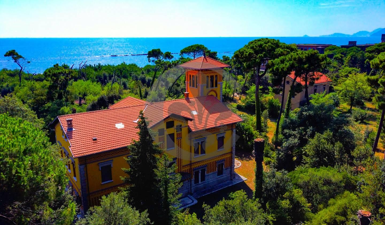 Villa avec jardin et terrasse Massa