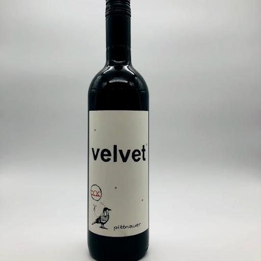 NV Pittnauer Velvet Red