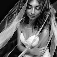 Wedding photographer Konstantin Tarasenko (Kostya93). Photo of 26.09.2017