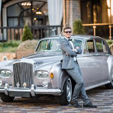 Wedding photographer Evgeniy Merkulov (paparazzi48). Photo of 04.12.2018