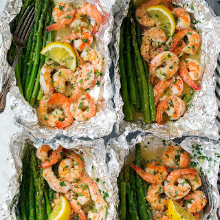 Shrimp and Asparagus Foil Packs with Garlic Lemon Butter Sauce.