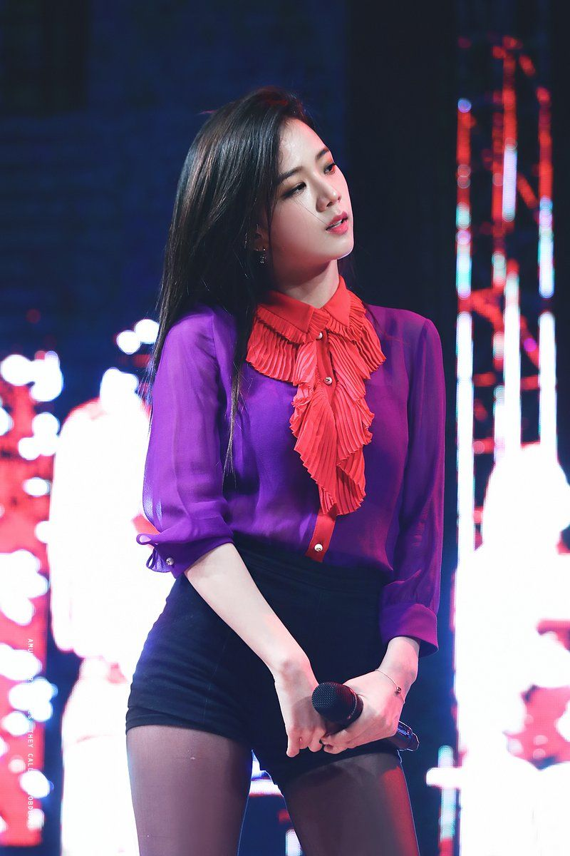 blackpinkrainbow_purple_jisoo