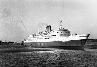 """Photo: """"Olau Finn"""" entering the port of Vlissingen (Photo: H.G. Hesselink)"""