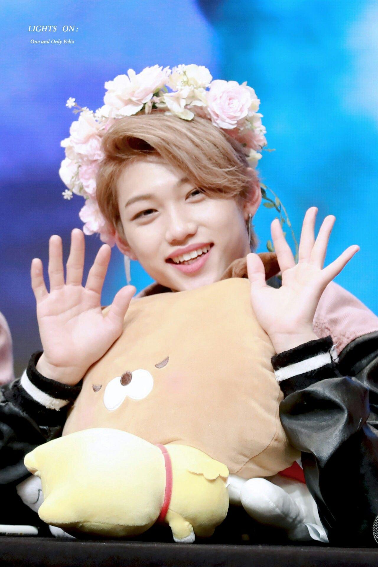cute idol 9