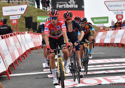"""Primoz Roglic is klaar voor de gevaarlijke finale van vandaag in de Vuelta: """"Het is een lastige afdaling richting de finish"""""""
