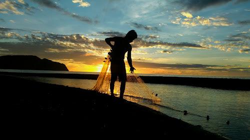 by Pandji Ak - Instagram & Mobile Android ( silhouette, sunrise, morning, fisherman, landscape )