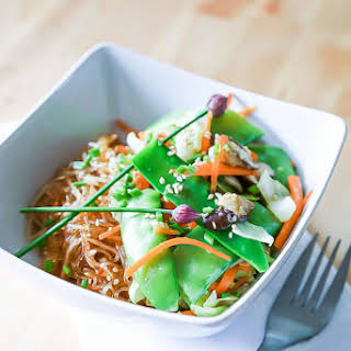 Thai Ginger and Garlic Noodle Bowl.