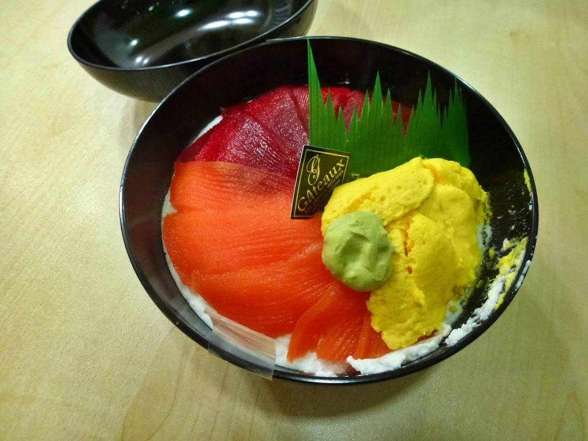 「オーイング菓子工房 Ryo」さんのスイーツキラキラ丼!