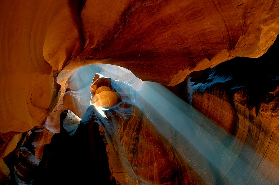 The play of light by Stanley P. - Landscapes Caves & Formations ( rocks, light, antelope canyon,  )