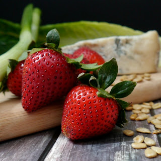 Strawberry Salad with Gorgonzola Cheese