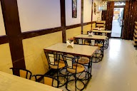 Santushti Vegetarian Restaurant photo 3