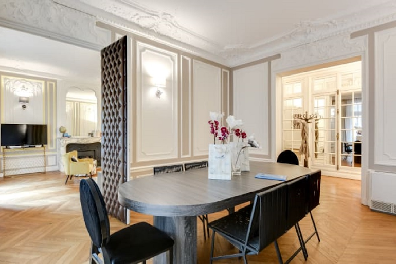 Luxury dining area at Boetie IV Serviced Apartment, Champs Elysees