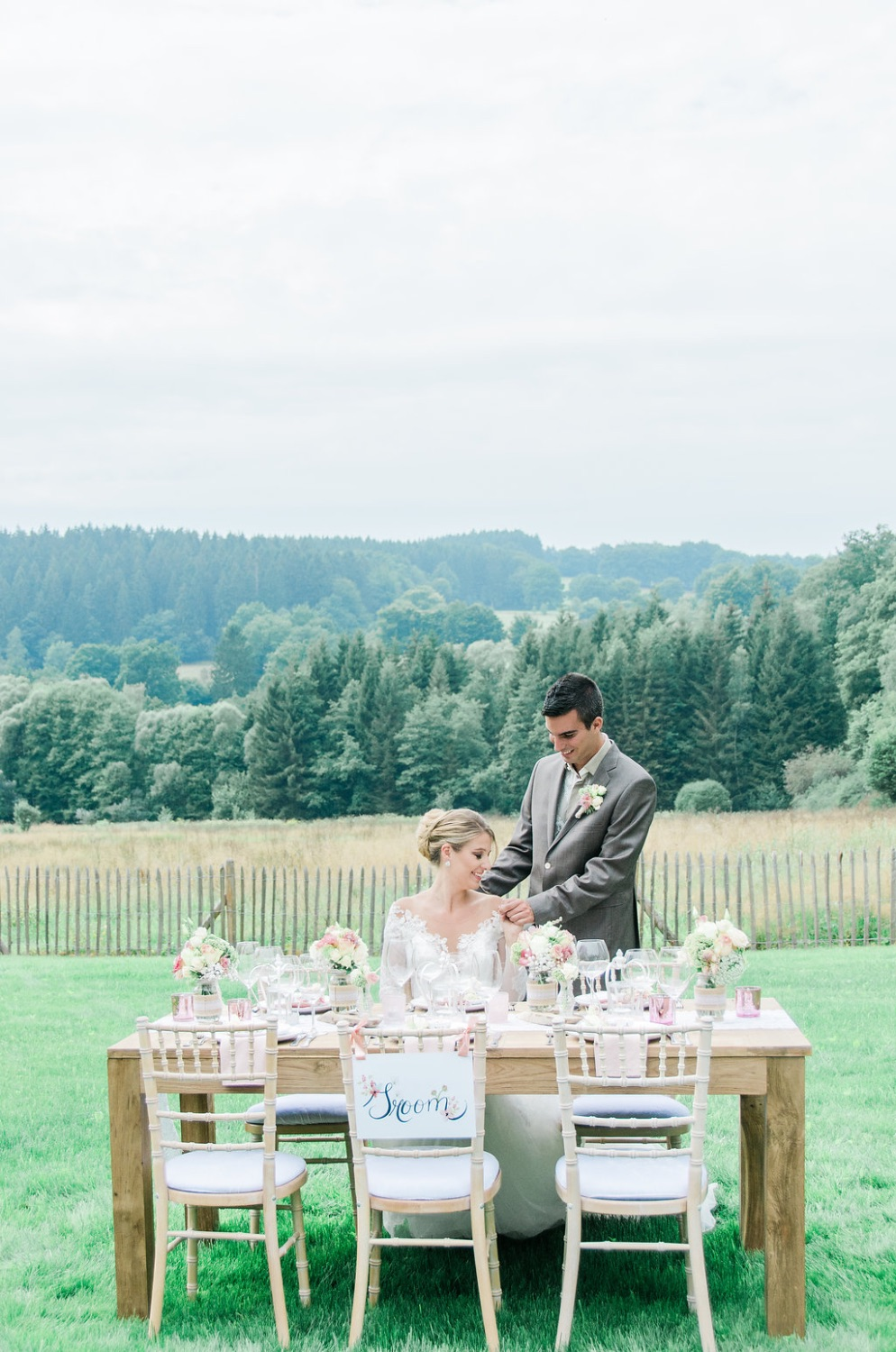 Romantic countryside wedding shoot Ardennen