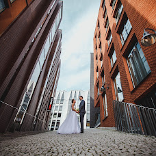 Wedding photographer Aleksandr Voytyushko (AlexVo). Photo of 16.10.2015