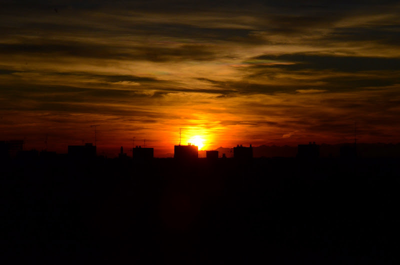sunset in milan di Ginlander