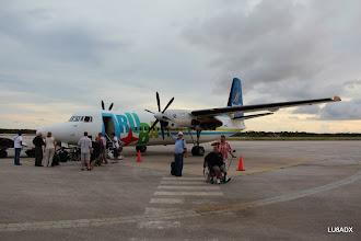 Photo: Avion llego a Bomaire, Roberto LU2FA saluda.