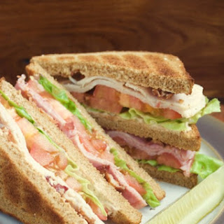 Club Sandwich with Creamy Chipotle Spread