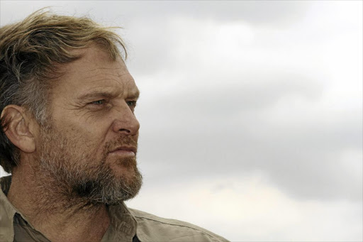 Steve Hofmeyr raises R56k for competition to destroy DStv decoders