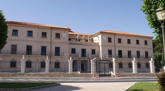 Cierre del edificio del Seminario: se estudia su traslado a otra provincia