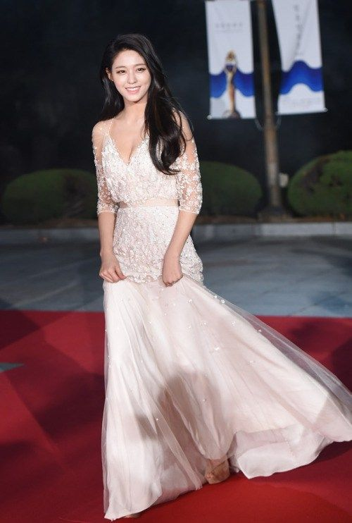 seol gown 1