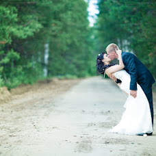 Wedding photographer Mikhail Kirsanov (Mitia117). Photo of 04.11.2012