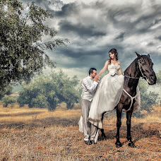 Wedding photographer Rafael Gulmetidis (Rafael). Photo of 12.09.2014