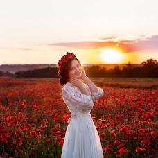 Wedding photographer Alena Mezhova (MezhovA). Photo of 24.09.2016