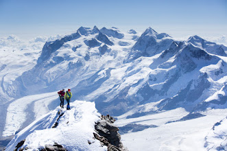 Photo: pohled na masiv Monte Rosy ze švýcarského vrcholu Matterhornu