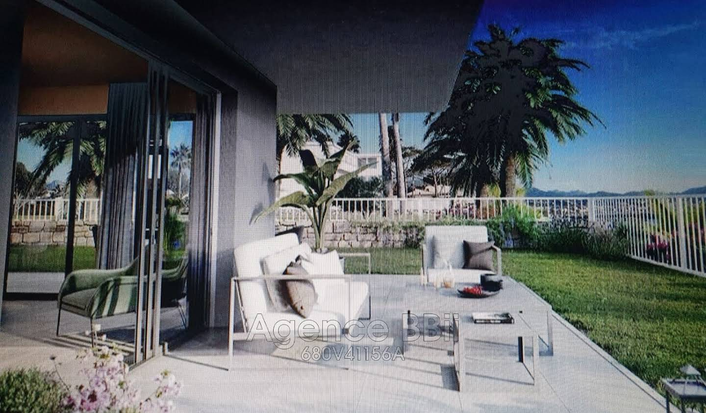 Appartement avec terrasse et piscine Villeneuve-Loubet