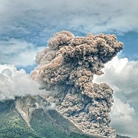 The Volcano by Kriswanto Ginting's - Uncategorized All Uncategorized ( volcano, mount,  )