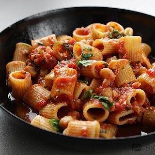 Pasta with Chickpeas and Tomato.