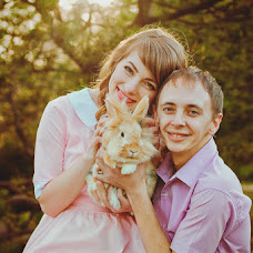 Wedding photographer Aleksandra Stozhko (7-Art). Photo of 04.05.2015