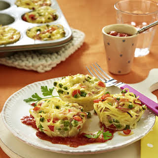 Baked Pasta Nests with Tomato Sauce.