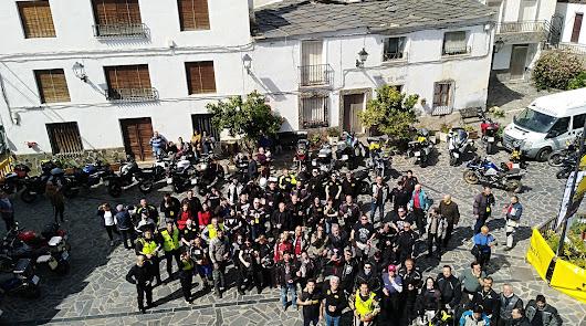 110 moteros recorren Almería en busca de la carretera más bonita