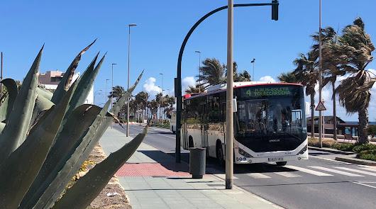 Los usuarios del bus en abril en la ciudad bajan a 51.731