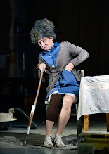 Photo: Wien/ Akademietheater: DIE PRÄSIDENTEN von Werner Schwab. Premiere: 3.10.2015. Regina Fritsch. Copyright: Barbara Zeininger