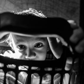 Ngintip by Oemar Patex - Babies & Children Children Candids