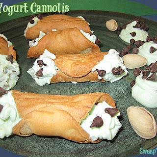 Greek Yogurt and Pudding Cannoli