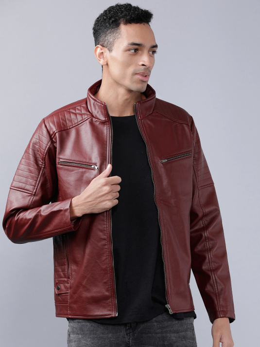 must-haves-for-winter-wardrobe_leather_jacket
