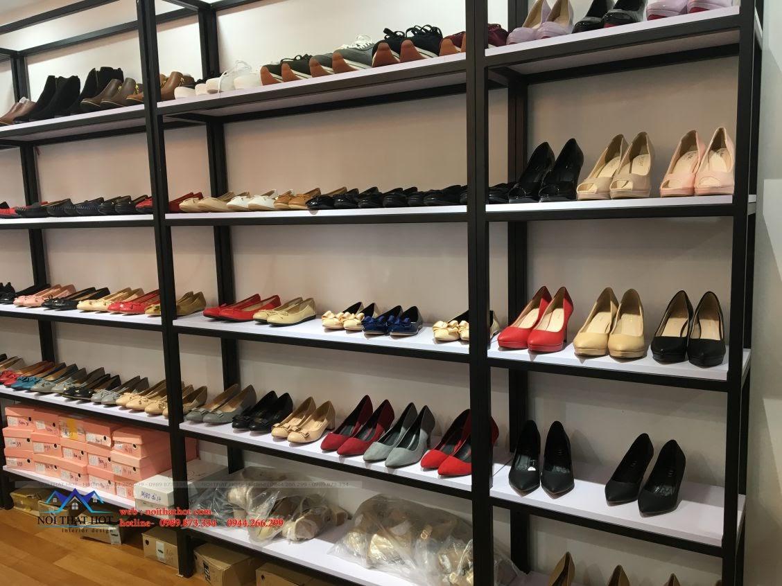 thi công shop giày dép ishoestore