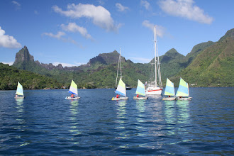 Photo: Moorea,kids sailing in the anchorage