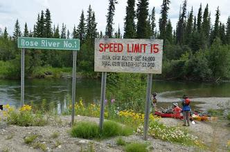 Photo: Auf dem Fluss sind max 15 Meilen erlaubt. Gut zu wissen