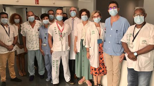 Personal de la planta destinada a pacientes con Covid.