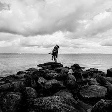 Wedding photographer Anton Podolskiy (podolskiy). Photo of 05.01.2017