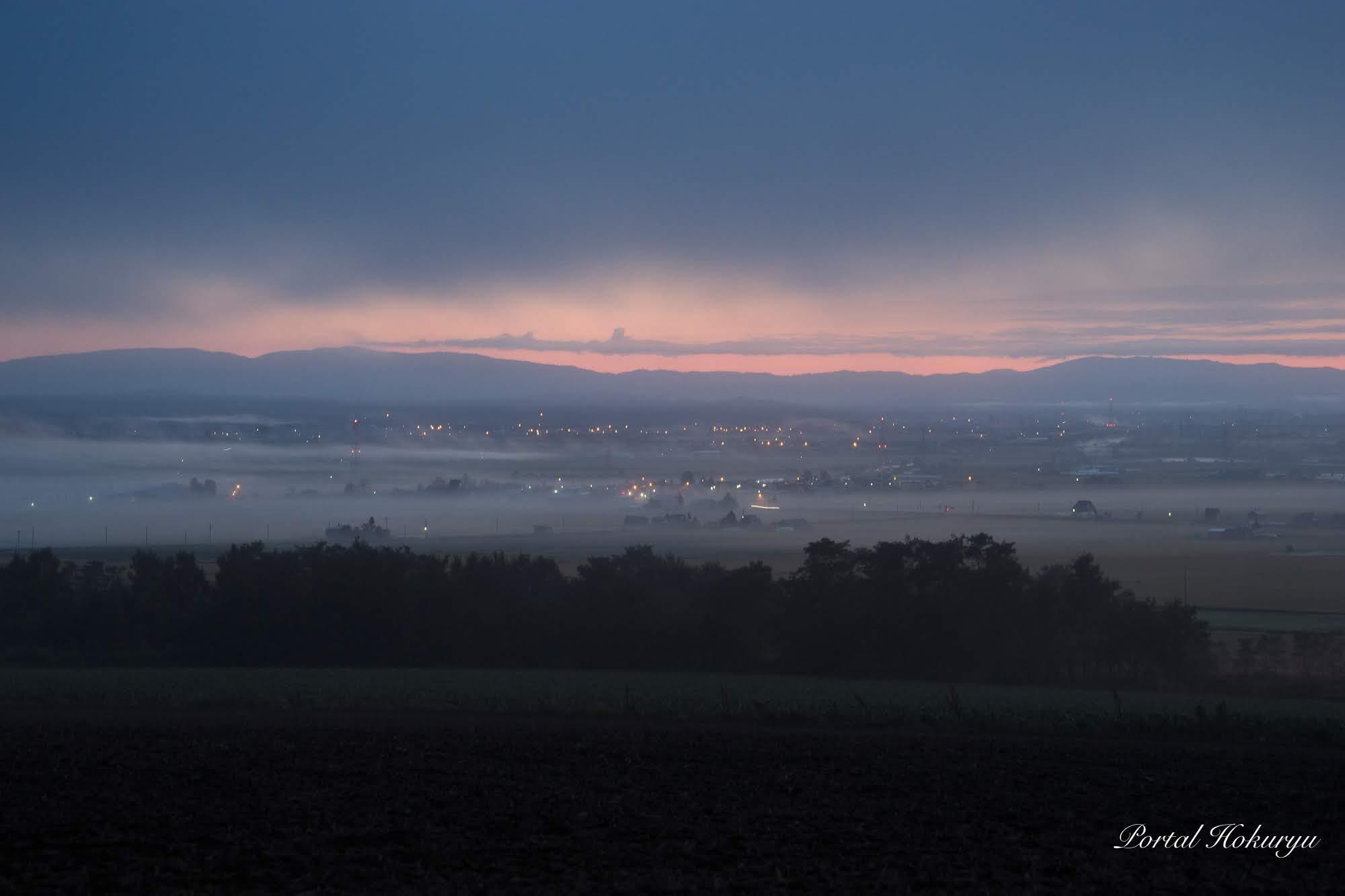 朝霧に包まれたトワイライトタイム