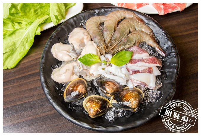 名家汕頭沙茶火鍋菜單綜合海鮮拼盤