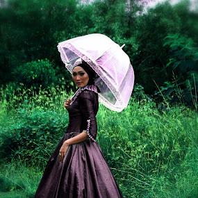 none londo by Ertiyani Sarita - People Portraits of Women